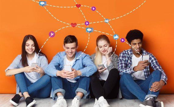 grupo-de-amigos-no-celular-1