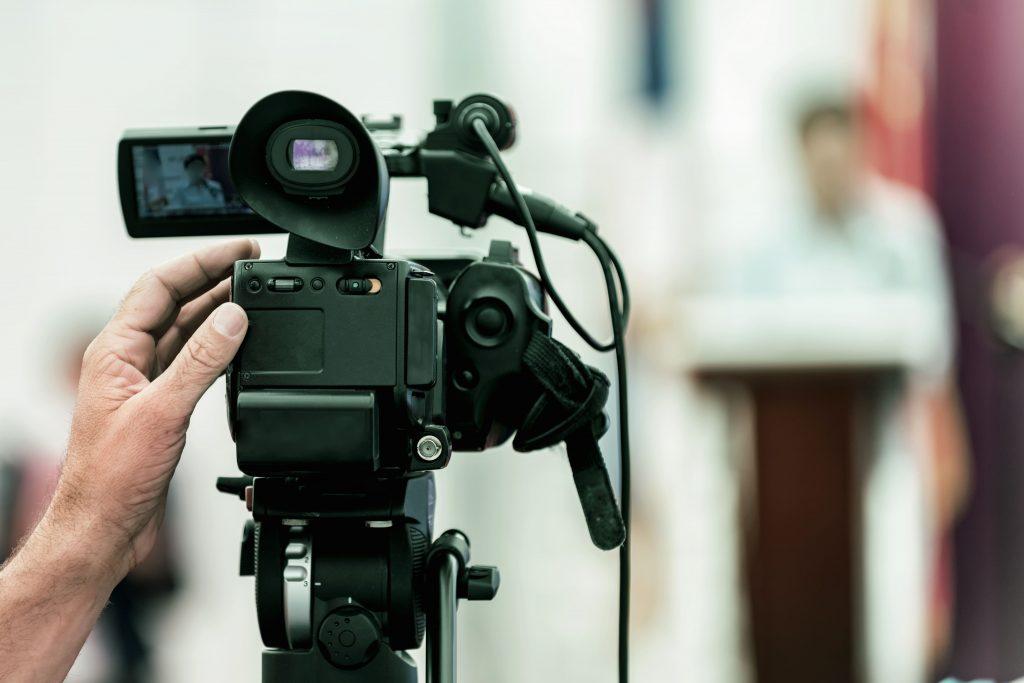 comunicacao-e-evangelizacao-filmadora-gravar-culto-celebracao