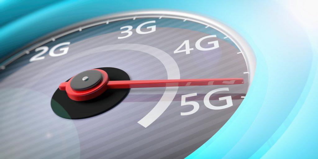 novas-tecnologias-relogio-ponteiro-marcando-internet-5G